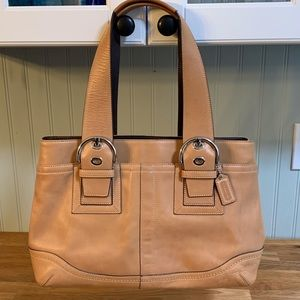 Lovely Coach Soho Leather Tote